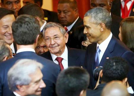 May 2015 Raul-Obama